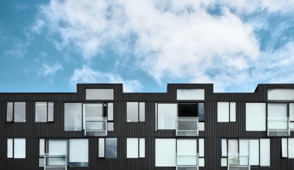 bâtiment d'habitations neuf et d'architecte